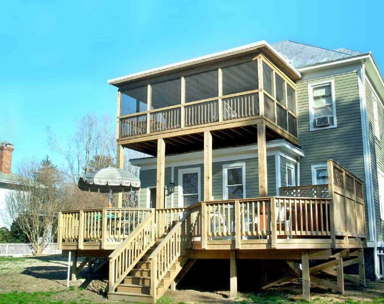 Two-Story Deck with hot tub and 2nd floor screened porch