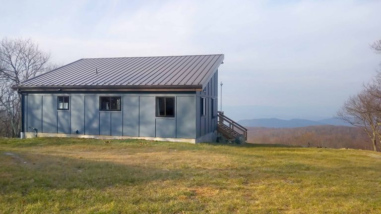Shenandoah Valley Cabin rear with views