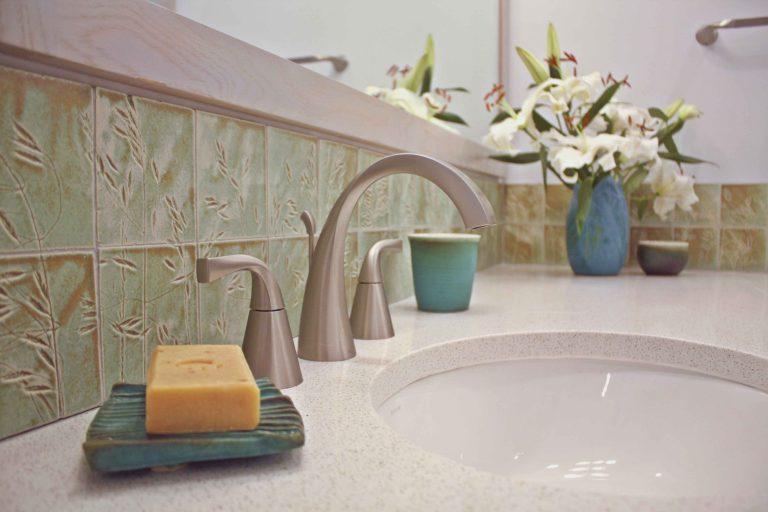 Zen bathroom sink and tile detail